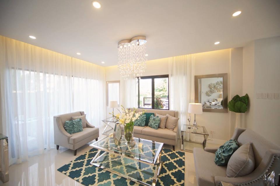 molave highlands consolacion cebu house for sale with roof deck pool cebu dream investment. Black Bedroom Furniture Sets. Home Design Ideas