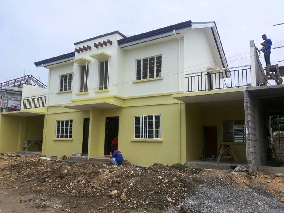 Magnolia model house