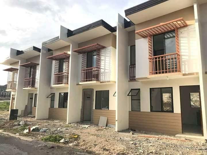 Casa mira affordable house for sale naga cebu cebu dream for Casa moderna naga city prices